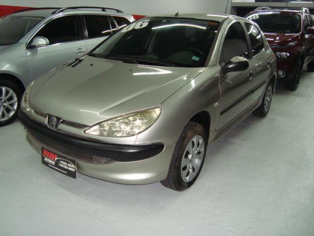 Usado PEUGEOT 206 1.0 SENSATION 16V GASOLINA 4P MANUAL - Ano 2006/2006