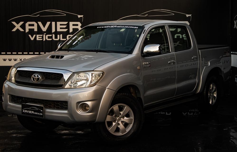 Toyota Hilux Cabine Dupla – 2011 – Prata