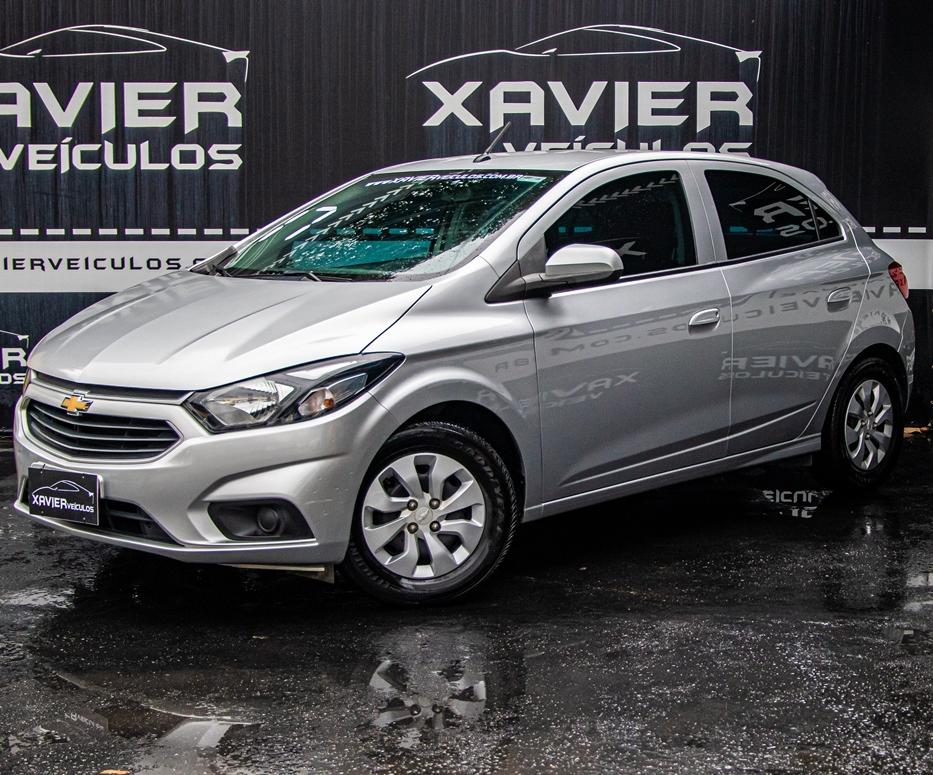 Chevrolet Onix – 2017 – Prata