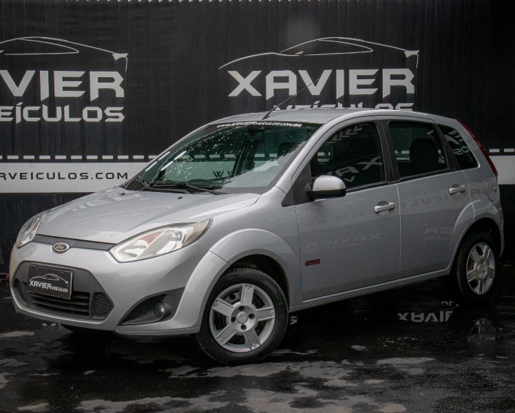 Ford Fiesta Hatch – 2011 – Prata