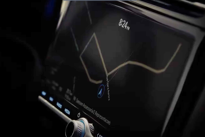 Marca coreana aposta em tecnologia embarcada na renovação do SUV compacto para bater de frente com rivais do segmento