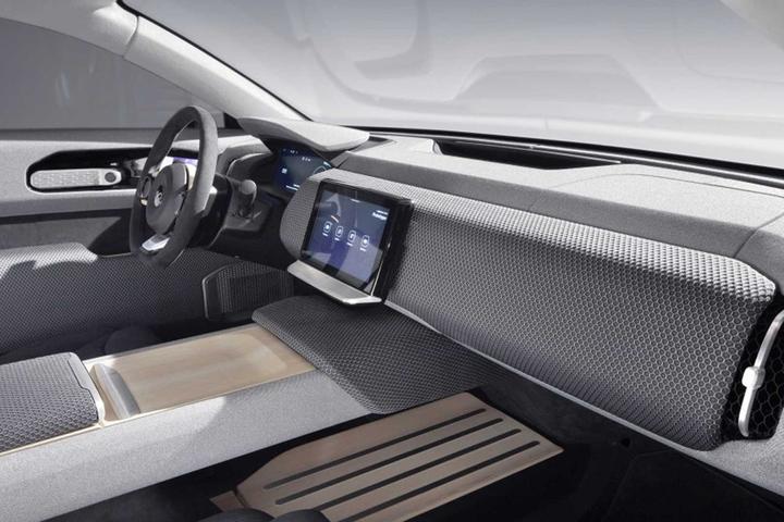 Elétrico Lightyear One promete rodar mais de 700 km por recarga da bateria, e será fabricado por empresa que fazia o Fisker Karma