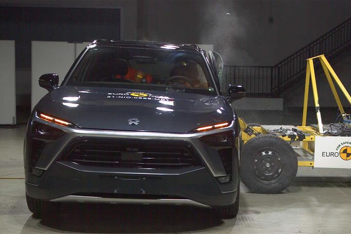SUV chinês do segmento premium quer chegar com tudo no mercado europeu, e surpreende pela eficiência dos sistemas autônomos